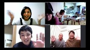 外出自粛期間中に「ズーム」を使って旧友と再会を果たした高橋要さん(左下)=4月