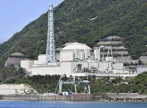 廃炉が決まった高速増殖原型炉もんじゅ=5月、福井県敦賀市