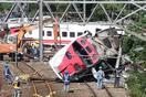 台湾事故、運転士が自動制御切る