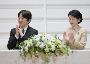 秋篠宮ご夫妻=9月、福岡県福岡市