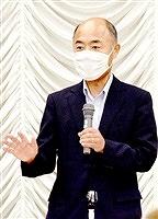 語る会で政策を訴える奈良氏=9月7日、福井県越前市の武生商工会館