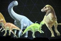 恐竜化石の発掘から復元画をCGで