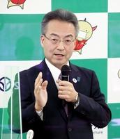 記者会見する福井県の杉本達治知事=1月21日、県庁