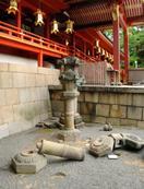 関西の寺社で地震被害相次ぐ