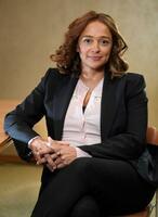 アフリカ一の女性富豪といわれるイザベル・ドスサントス氏=9日、ロンドン(ロイター=共同)