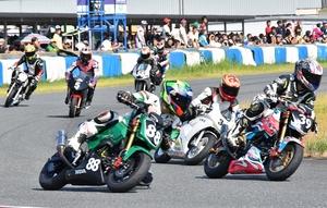 福井でオートバイ8時間耐…