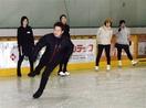 氷上を華麗に 楽しさ知って 敦賀 プロのスケー…