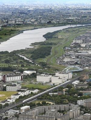 東海道新幹線、地震影響で運休拡大