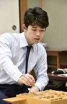藤井聡太四段も受けた話題の教育法