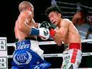 ボクシング、高橋はTKO負け