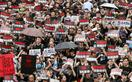 香港行政長官の辞任求めデモ