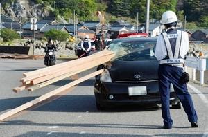 運転男性が死亡した事故現場=2016年4月、福井市大丹生町