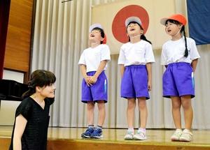 「助けて-」と大声を出す児童=9日、福井県小浜市今富小