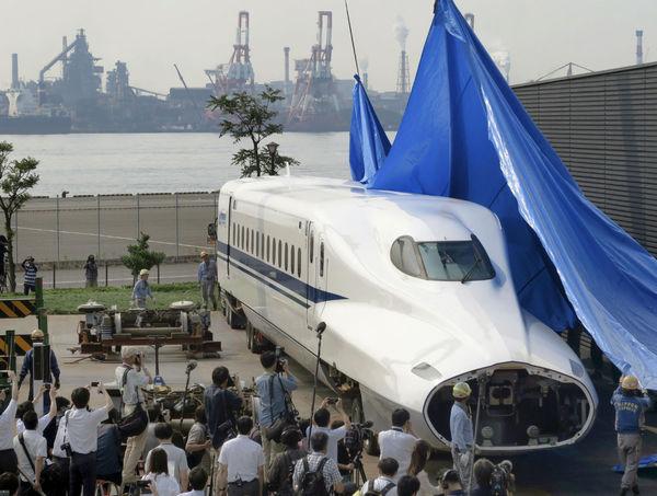 引退の新幹線N700車両展示へ
