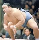 大相撲・井筒親方が急逝 芸術的もろ差し 天性の…