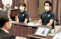 美浜合宿 五輪へ弾み ボート代表候補 武田・冨田選手 町長表敬「いい環境」