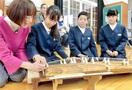 箏で「さくら」弾けた 坂井・兵庫小 児童が和楽器…
