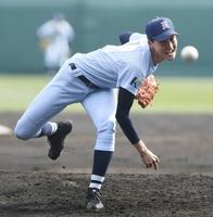 選抜高校野球大会1回戦、桐蔭学園戦に先発した啓新・安積航大=3月27日、甲子園