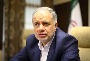 インタビューに答える国営イラン石油公社のカルドール総裁(共同)