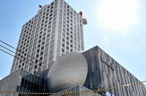 福井市自然史博物館分館「セーレンプラネット」のドームシアター(球体部分)=同市中央1丁目