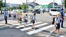 夏休み前に一斉街頭指導 小学校通学路や主要交差点…