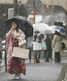 関東甲信で春の雪