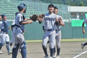 夏の高校野球福井大会準決勝の結…