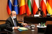 仏「重大な危機」と米豪に警告