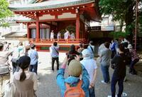 浅草の三社祭、静かな初夏の訪れ
