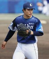 中日戦に先発し、5回8安打ながら2失点でしのいだ西武・松本=ナゴヤ球場