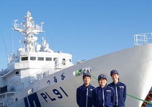 敦賀海上保安部で働く海上保安官たち
