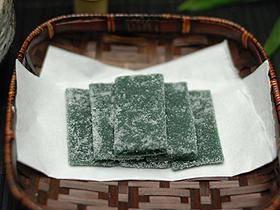 敦賀に根ざした素朴な味が楽しめる和菓子の数々