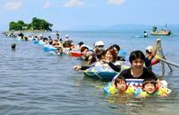 宍道湖の島まで水中散歩、島根