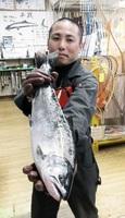 日野川では14日に矢部浩隆さん(鯖江市)が53センチ