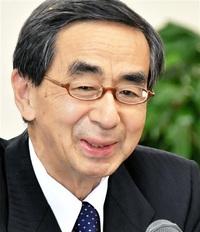 西川知事が退任 県民の激励に力もらった ■ 東京に移り住もうと思う
