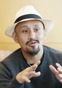 直木賞・真藤さん「基地」を語る
