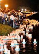 1万個の灯籠、九頭竜川に光の帯
