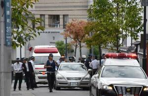 発砲音があった指定暴力団神戸山口組系事務所付近=10日午後、神戸市