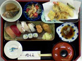 平日のランチは5種類。単品メニュー、会席料理も提供