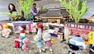 古寺ジオラマ ネコ人形彩る 鯖江の夫婦 制作佳境…