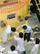 研究炉使う学生の身元調査要請