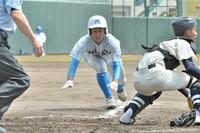 写真特集、春の県高校野球第5日