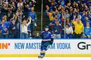 NHLブルースが49年ぶり決勝