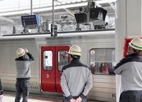 博多駅で電車から火花