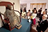 藩主と寺の絆 宝物から迫る 福井市郷土歴博 大安禅寺展きょう開幕 名僧の書や木像 披露