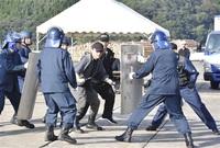 港湾テロ防止へ連携 小浜署など8機関が訓練