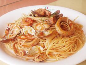 美味しいパスタやピザが自慢の本格派イタリア料理店