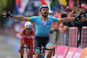 ジロ・ディタリア第15ステージを制したダリオ・カタルド=26日、コモ(ゲッティ=共同)