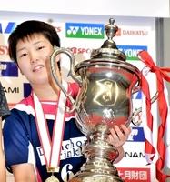 女子シングルスで優勝した山口茜=駒沢体育館