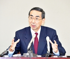 福井県知事選に立候補を表明している西川一誠氏